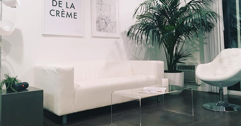 minimalist living decor