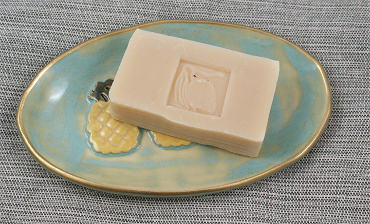 pineapple soap dishes
