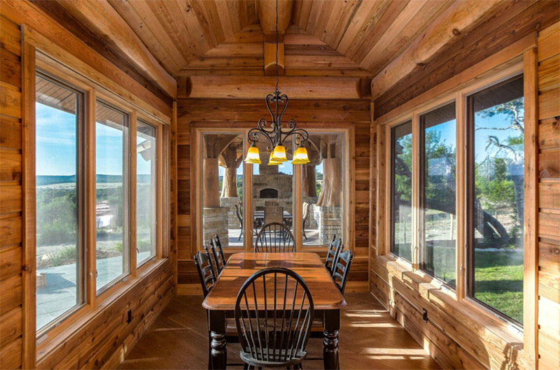 Delightful Bright Cabin Dining Interior