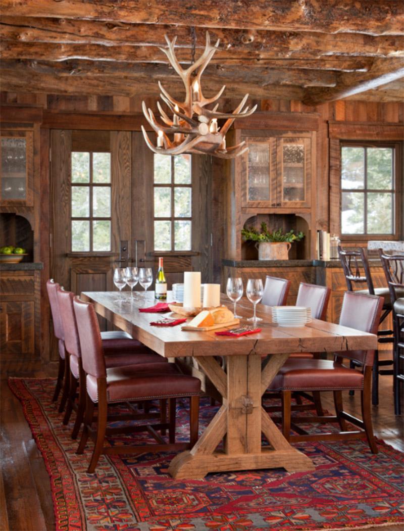Charming Spanish Peaks Cabin Dining Room