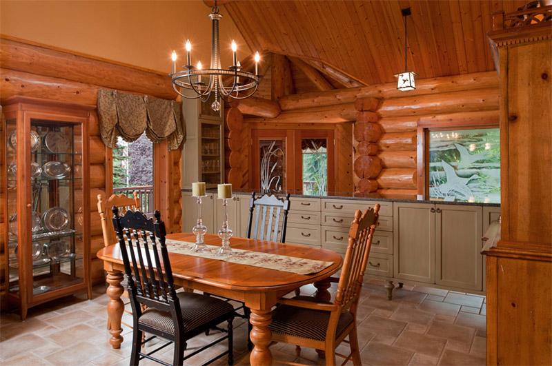 Attractive Portland Rustic Dining Area Cabin