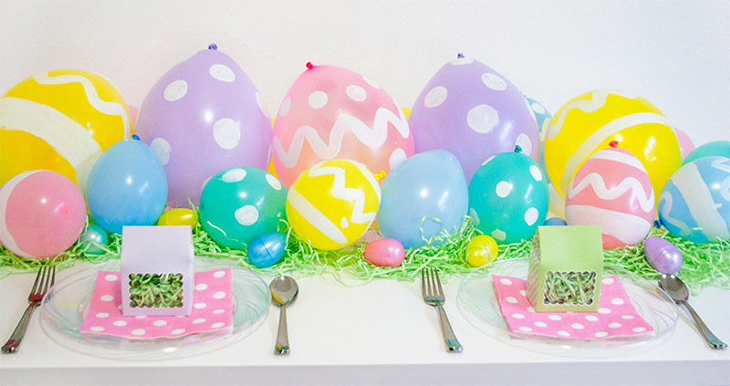 easter egg balloon table runner