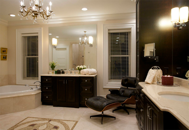 Luxurious Bathroom With Dark Cabinets