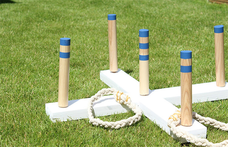 Garden ring toss with rope