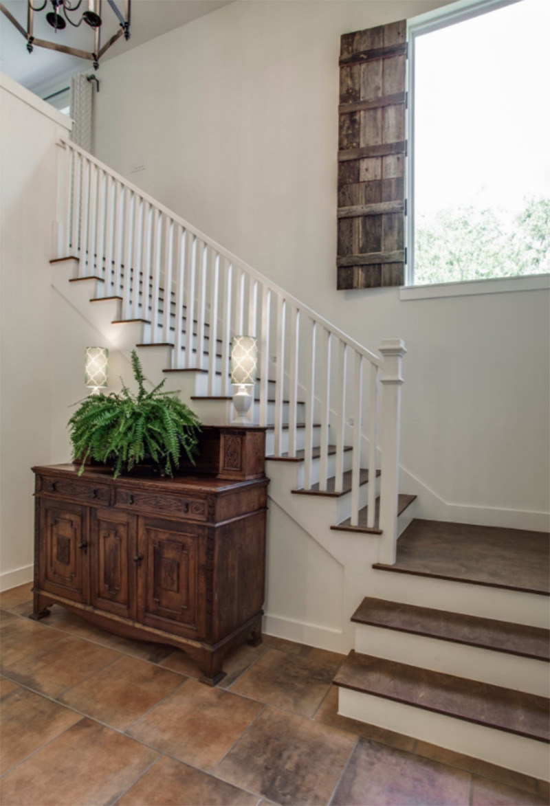 Farmhouse dark l-shaped stairs interior
