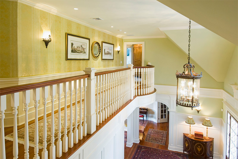 18 upstairs hallways for decorating ideas a design photo for Upstairs design