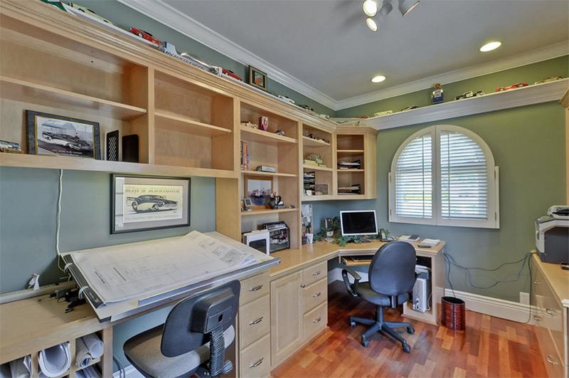 Custom handmade home office corner desk