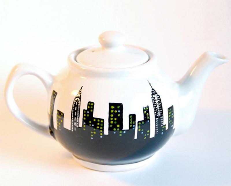 ceramic manhattan skyline new york city inspired teapot
