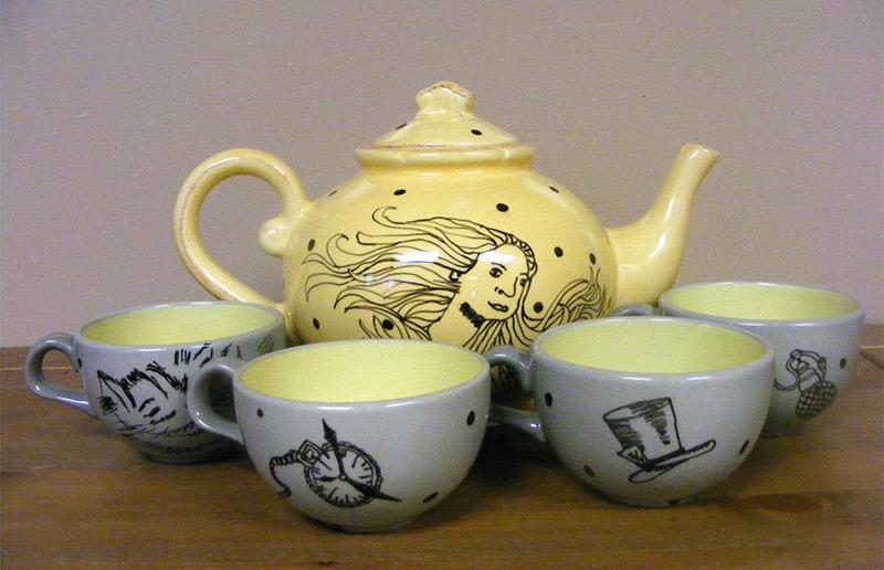 illustration artwork teapot teacups alice in wonderland