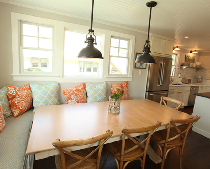 Custom Interior Beach Cottage Dining Table Nook
